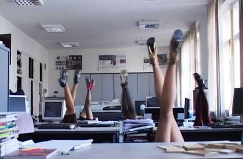 暴寒的俄罗斯女子办公室花样游泳秀(第2张)