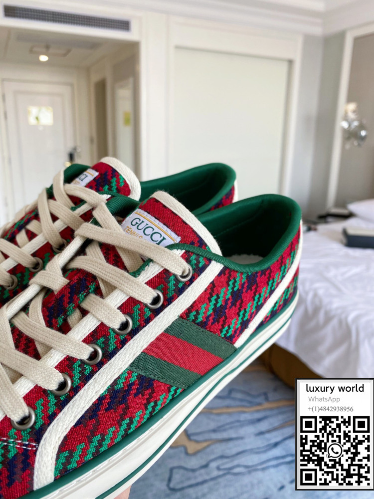 gucci-tennis-1977-sneaker-shoes-with-houndstooth-cheap-online-shop (4).jpg