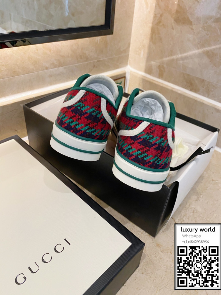 gucci-tennis-1977-sneaker-shoes-with-houndstooth-cheap-online-shop (8).jpg