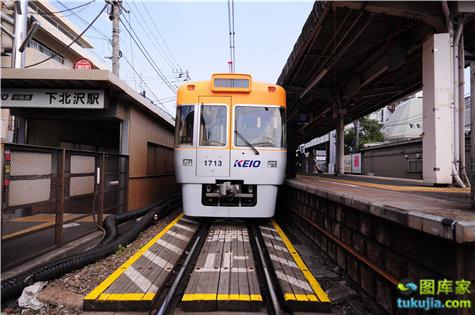 train (19)