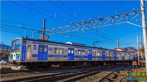 train (21)