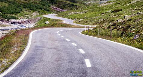 road (8)
