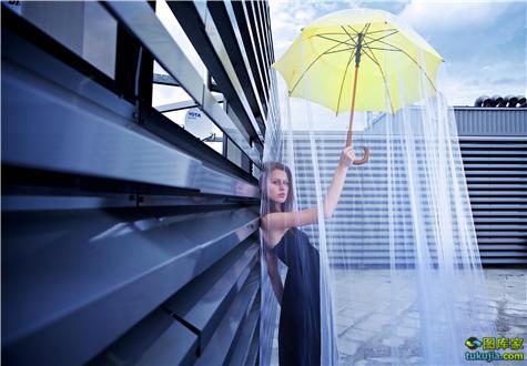 雨伞 打伞 撑伞 下雨 美女撑伞 太阳伞 彩色雨伞 雨伞图片 雨伞广告 JPG1179